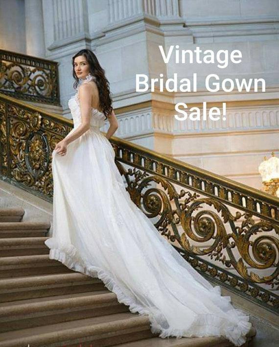 Vintage ruffled collar bridal dress