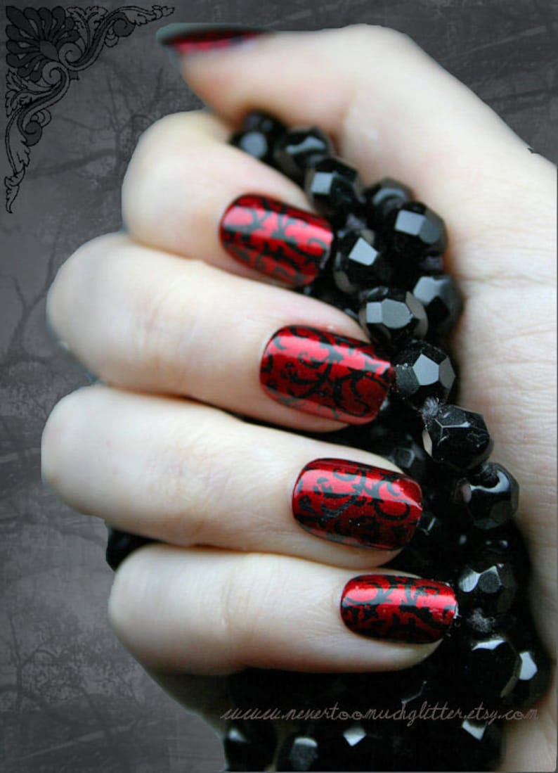 Japanese Nail Art Red Gothic Baroque Press On Fake Nails ...