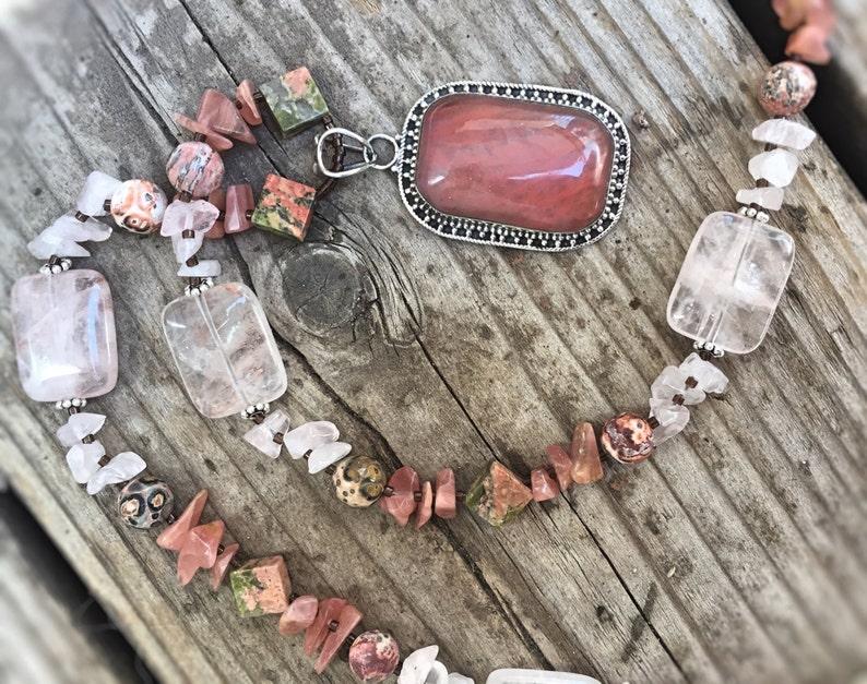 OASIS Necklace Cherry Quartz Glass image 0