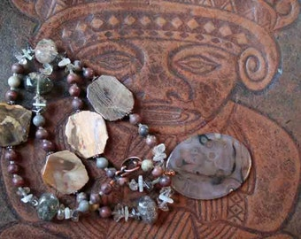 MYSTIC WARRIOR Necklace (Agate, Moonstone, Quartz, Copper)