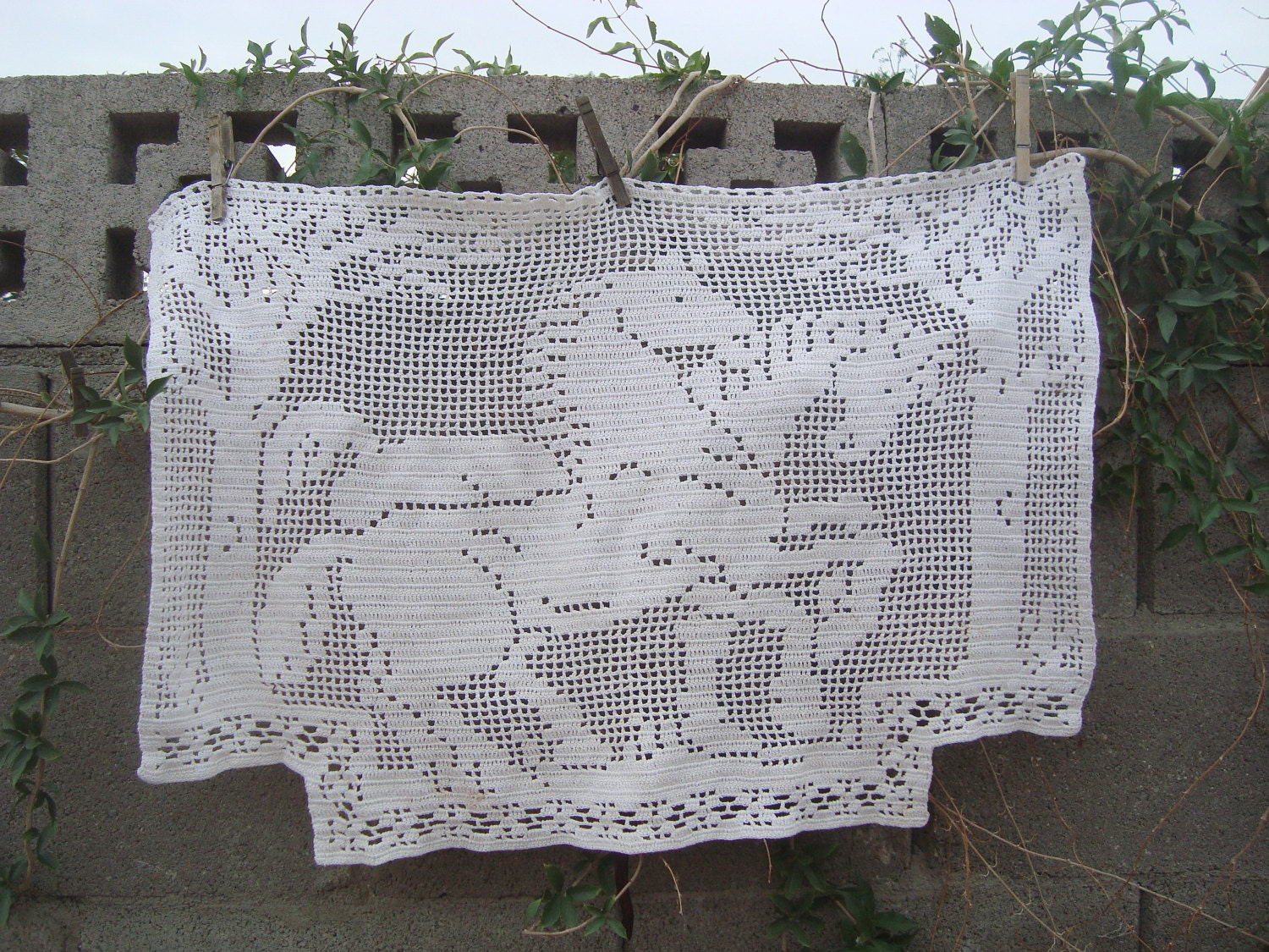Large Vintage Hand Crocheted Antimacassar Horses Trees Etsy