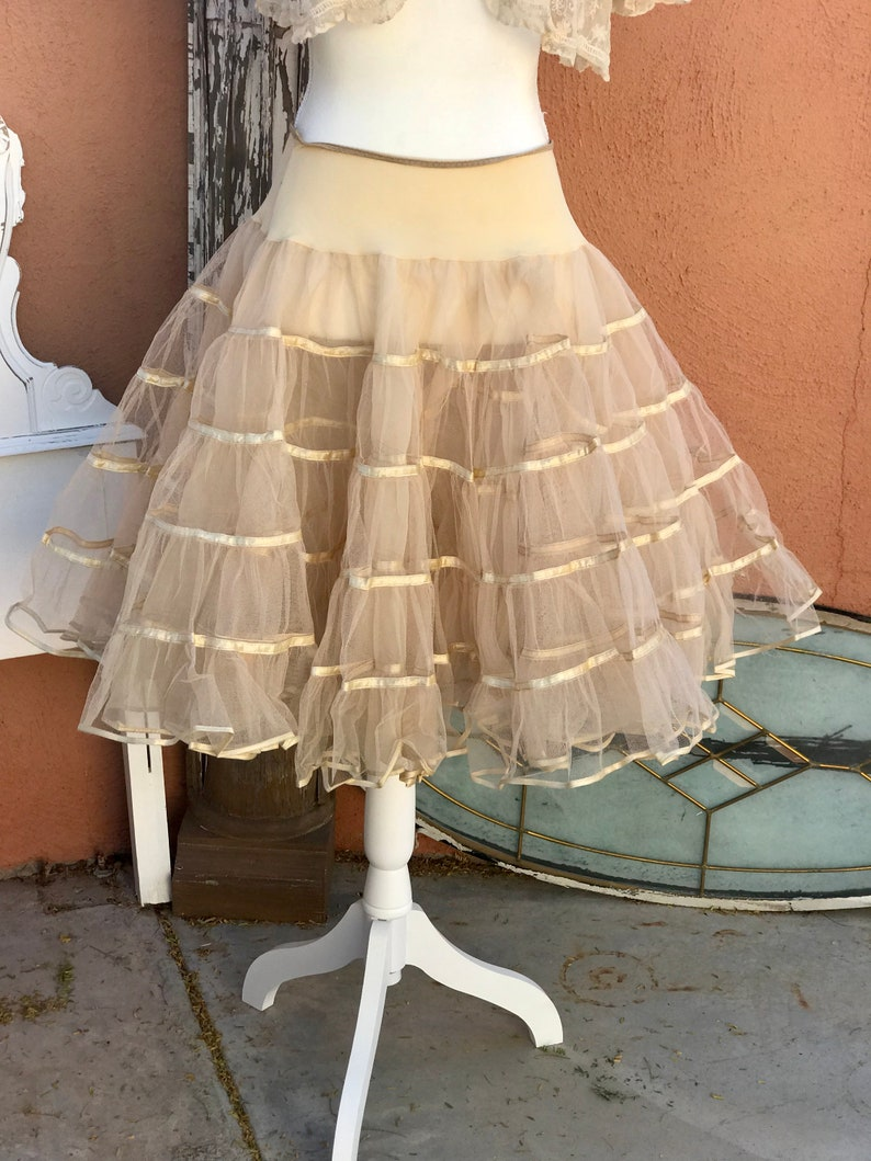 1950s Beige Double Layer Tulle Tea Length Crinoline Petticoat Full Circle Size M