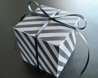 Black and Gray Box