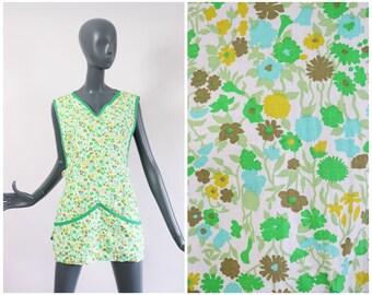 1960s Art Smock 60s Artist Shirt Work Apron  Garden Gardener Pinafore Tunic Top Spring Summer Floral Compartment Pockets Blouse House Dress