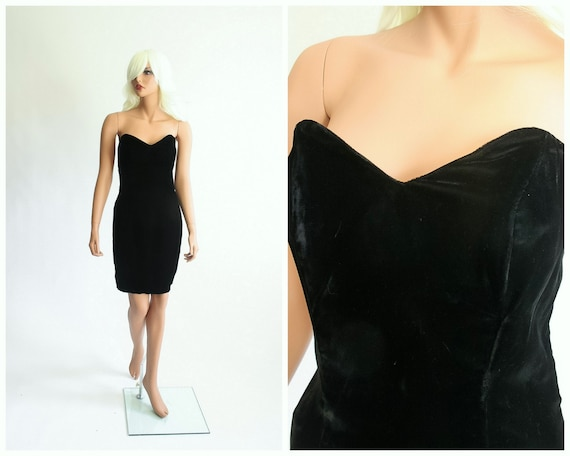 Black Velvet Strapless Mini Dress 1990s Sweetheart Bombshell Wiggle Vamp 90s Glitter Goth 80s Noir Gothic 1980s Cocktail Party Evening Small