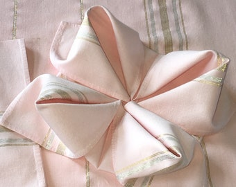Pink Tablecloth 4 Matching Napkins 48 x 52 Breakfast/Card/Camper Tablecloth Vintage Cottage Chic Farmhouse.
