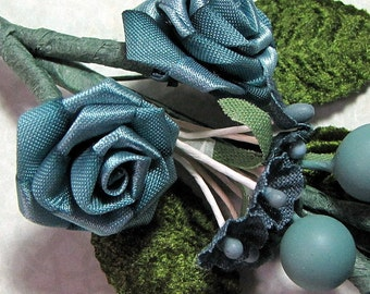Ribbon and Fabric Teal Vine