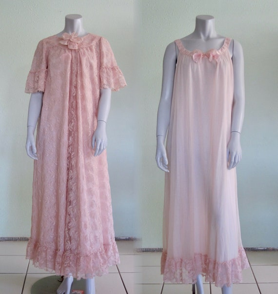 50s Peignoir Set - Vintage Pink Lace Robe and Chif