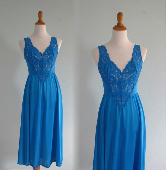 Vintage Olga Nightgown Pretty 80s Bright Blue Nightgown  b701f08ac