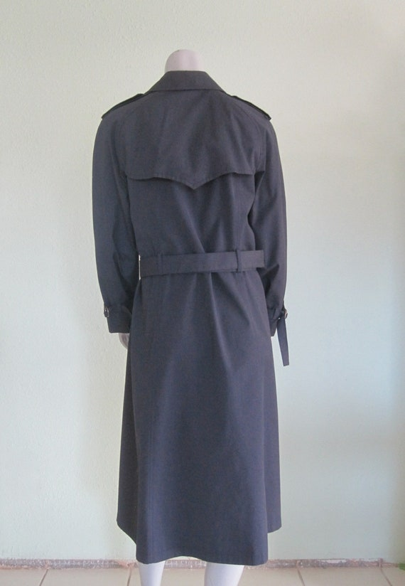 London Fog Navy Trench - Classic 80s Blue Trench … - image 7