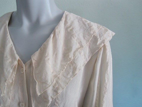 90s Silk Blouse - Vintage Ivory Silk Poet's Blouse