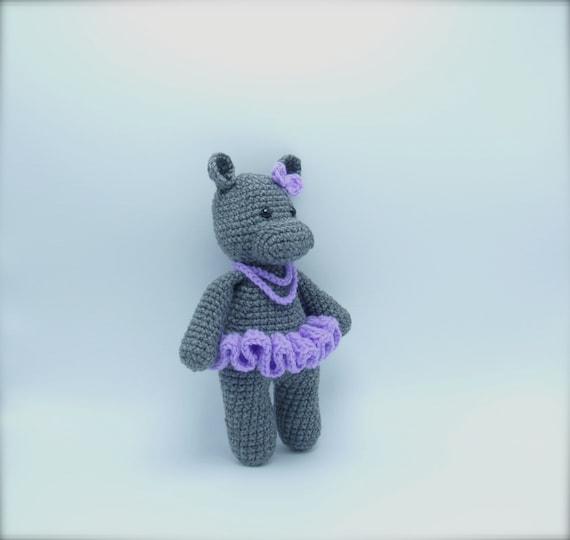 Cute Dancing Hippos Free Crochet Patterns | 540x570