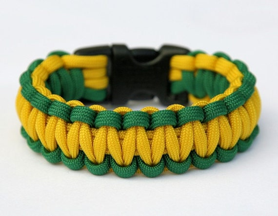 Paracord Rope Survival Bracelet Kelly Green /& Red Made in the USA