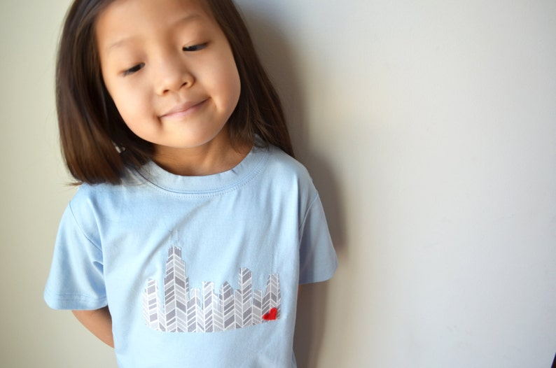 Chicago Skyline LONG sleeve kids unisex shirt onesie onezee image 0