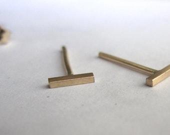 14K Gold line Stud Earrings tiny t  earrings Slim staple 5mm Gold Bar Studs 14 Karat solid Gold Line Studs gold bar Stud Earrings 0039