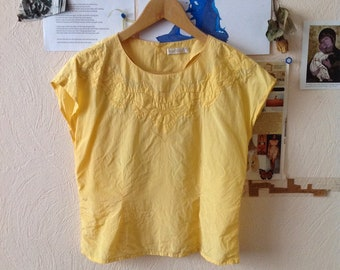 Yellow Eyelet Blouse Silky Canary Yellow Embroidered Short Sleeve US 4 Small Medium