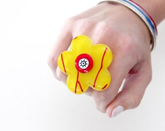 Glass ring, Boho Jewelry, Statement Ring - fashion ring, fused glass, Summer fashion, hippy ring, flower ring, gift for her, unique ring
