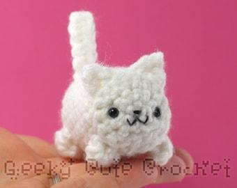 White Kitty Cat Yama Amigurumi Crochet Stuffed Plush Desk Toy