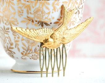 Gold Bird Hair Comb Bird Hair Clip Bridal Hair Comb Woodland Garden Wedding Gift for Her Bridesmaid Gift Fairy Headpiece Bird Jewelry