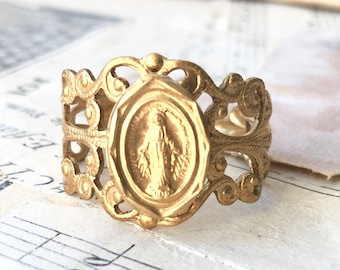 Miraculous Medal Ring Religious Medallion Ring Maria Catholic jewelry Spiritual Ring Saint Medal Ring Mary Mother of God Medal Madonna Ring