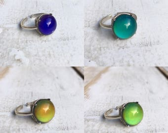 Mood Ring Mood Stone Color Changing Ring Mood Jewelry Hippie Ring 1970's Mood Ring Silver Mood Ring Gift for Her Crown Mood Ring