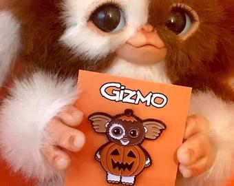 Gizmo Pin - Gremlins Enamel Pin - Halloween Accessories - Halloween Pins -  Halloween Costume - Gizmo Mogwai - Gremlins Enamel Pin