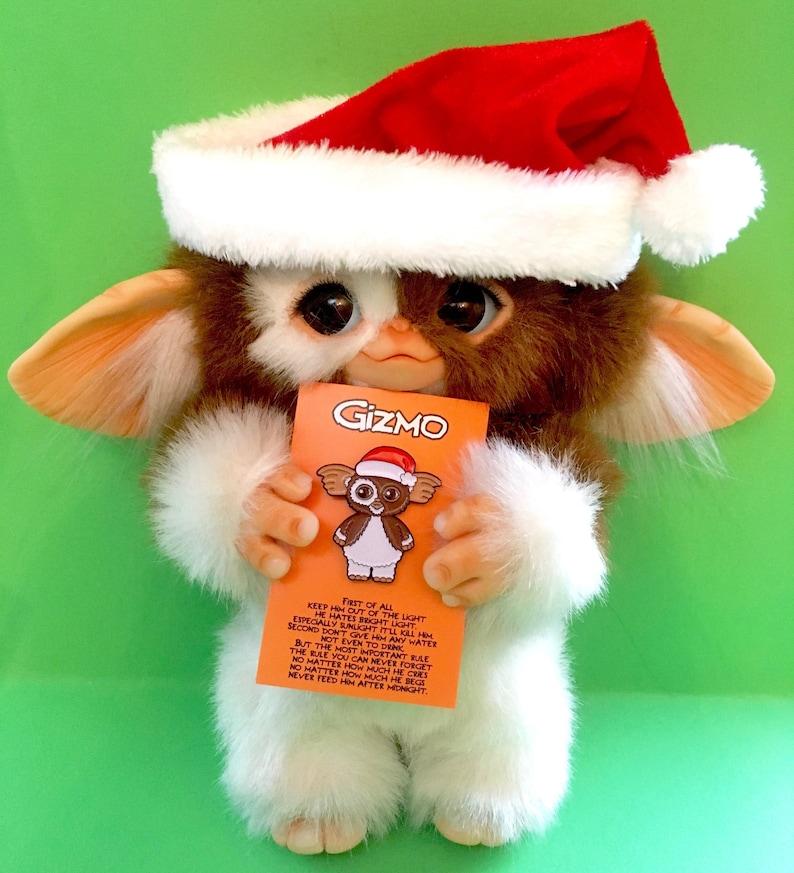 Gizmo Pin Gremlins Enamel Pin Christmas Movies Christmas  e414ff8bde5d4