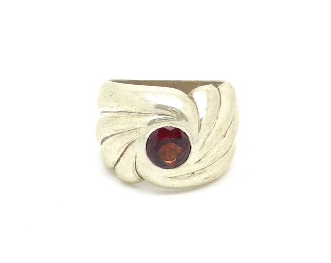Art Nouveau Sterling Silver Swirl Ring with Red Garnet size 6