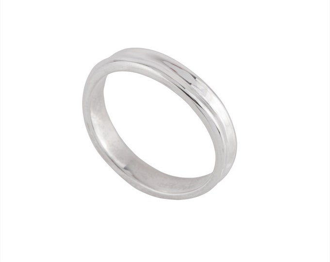 Dunes Unisex Wedding Band- Made to order in your size, material and dimensions