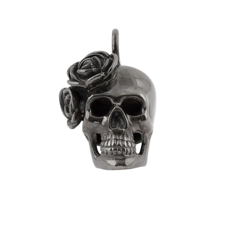 Big Black Skull Pendant with Roses image 0