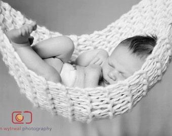 Knit Newborn Baby Hammock!  Photography Prop, Handmade to Order