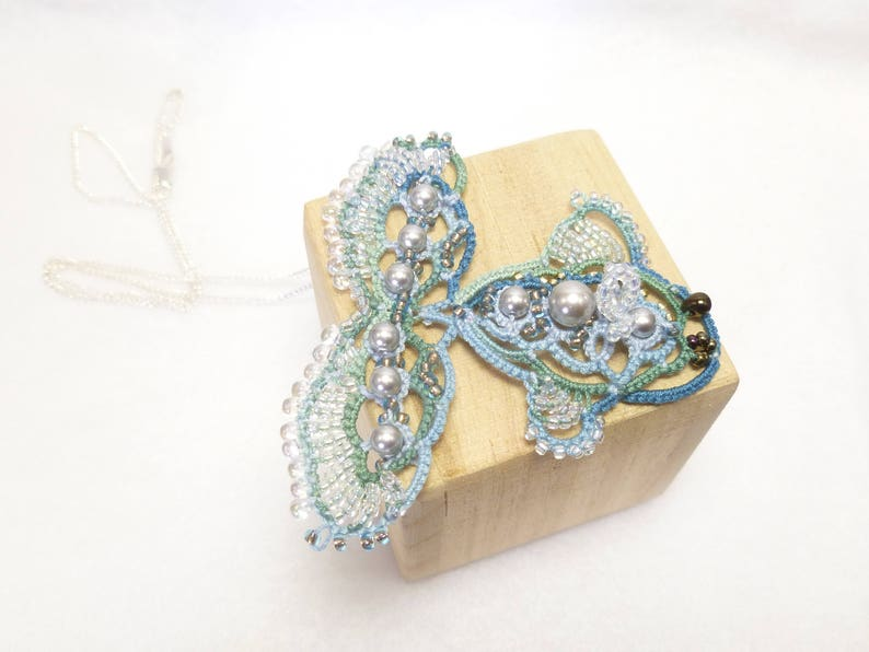 Tatting jewelry lace FISH Necklace Bubbles the Fish J Kohr image 0
