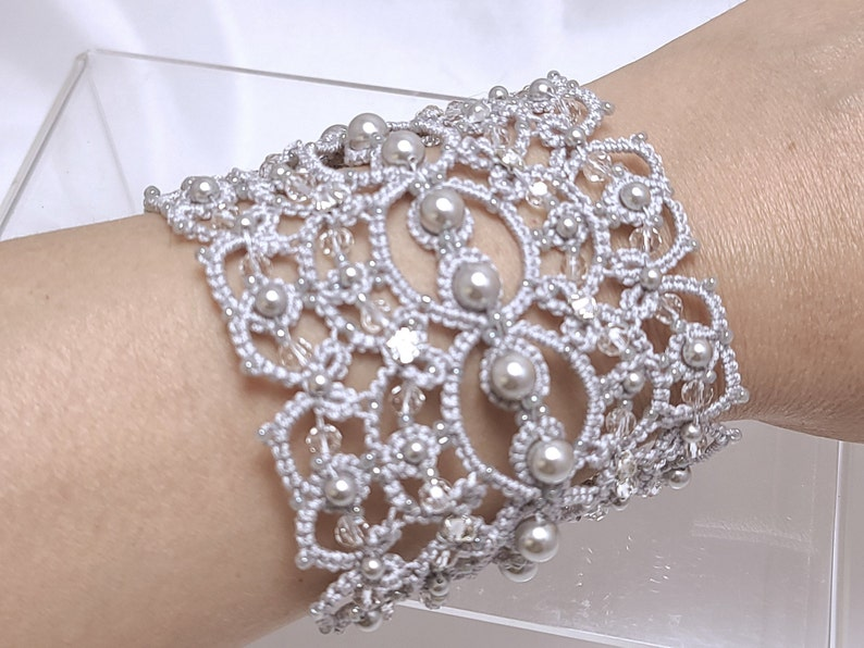 Shuttle Tatting Lace silver Cuff The Queen's Lace-J Kohr image 0