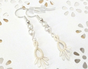 Tatted Lace Earrings in off white -small Frilly Drips