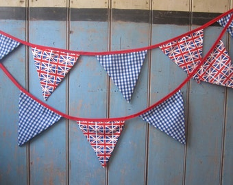Union Jack Bunting.  Red White and Blue Bunting. Party Bunting. Party Decor. Union Jack Fabric. British Bunting.