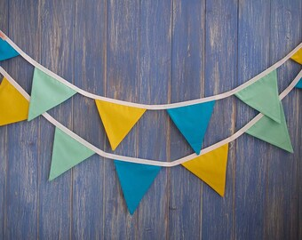 Small Classic Bunting. Kids Bunting // Cotton Bunting // Bright Bunting // Wedding Decor // Party Bunting // Handmade Bunting // Garland.