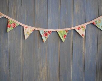 Tiny Bunting.  Shabby Chic Bunting // Cotton Bunting // Floral Bunting // Wedding Decor // Party Bunting // Handmade Bunting // Garland.