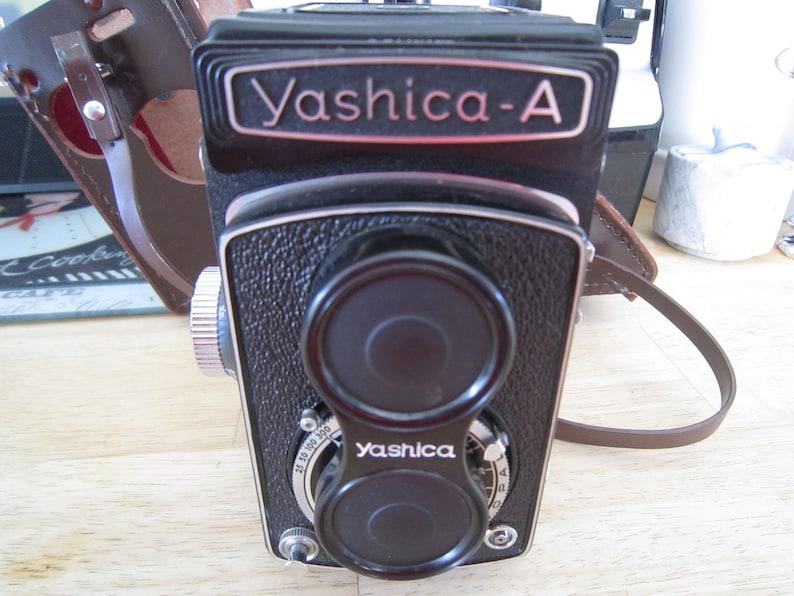 Yashica-A Medium Format TLR 80mm f3.5 Twin Yashimar /& Yashikor Viewing Lens