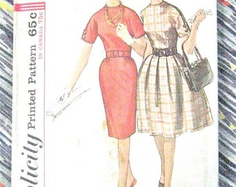 SALE 20% OFF Vintage Early 1960s Simplicity 5023 Sewing Dress Pattern  Bust 34 inches