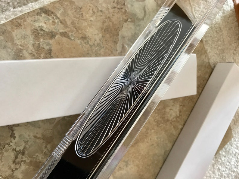 Clear Crystal Bracelet Box Jewelry Box Black Velvet Padding Gift Box Stylish Presentation Flip top lid Decorative Gift Packaging