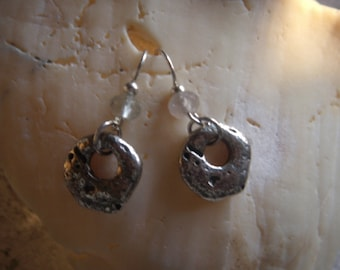 circle stone earring with crystal