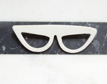 60s/70s White Sunglasses Brooch