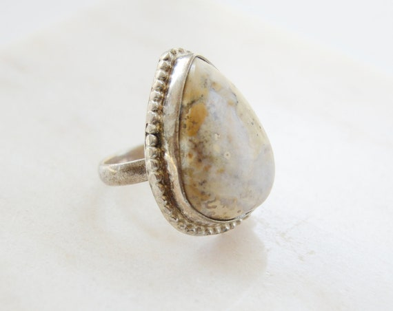 Vintage Stone Teardrop Sterling Ring - Size 8
