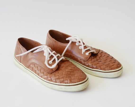80s Bandolino Leather Sneakers US6M