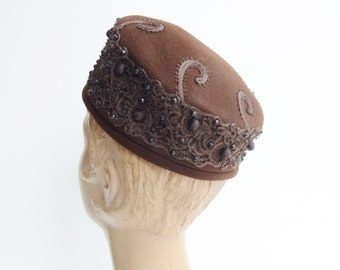 1950s/1960s Brown Pillbox Hat
