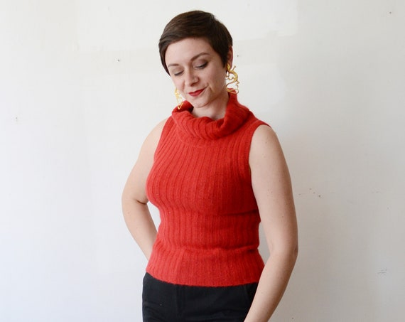 1990s Red Sleeveless Turtleneck - S