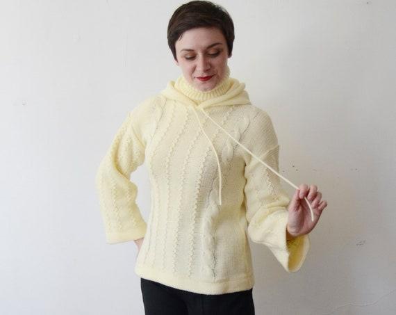 1970s Cream Turtleneck Sweater - S/M