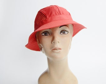 1980s Red Bucket Hat / Sun Hat