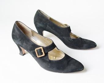 1980s Salvatore Ferragamo Black Suede Heels - 9AA