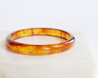 Mid Century Clear Plastic Brown Bangle